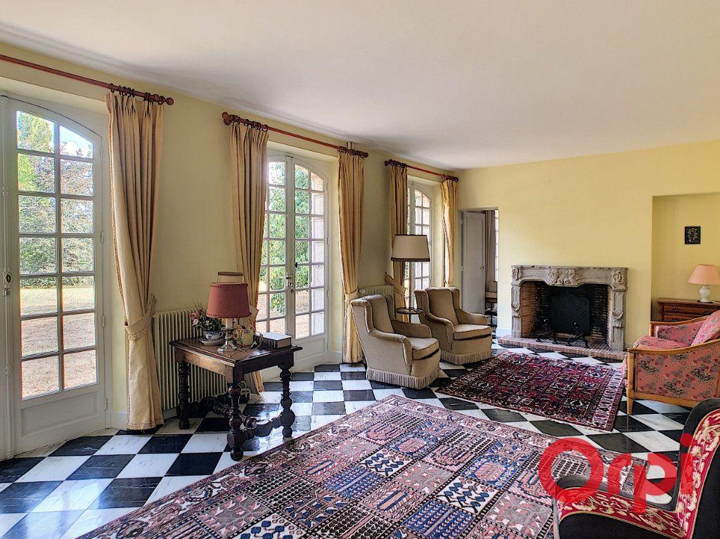 Maison à vendre 8 202m2 à Néris-les-Bains vignette-2