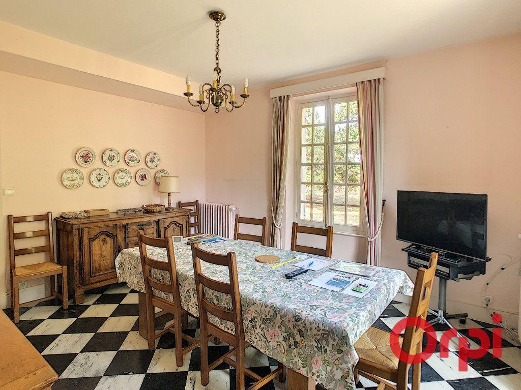 Maison à vendre 8 202m2 à Néris-les-Bains vignette-3