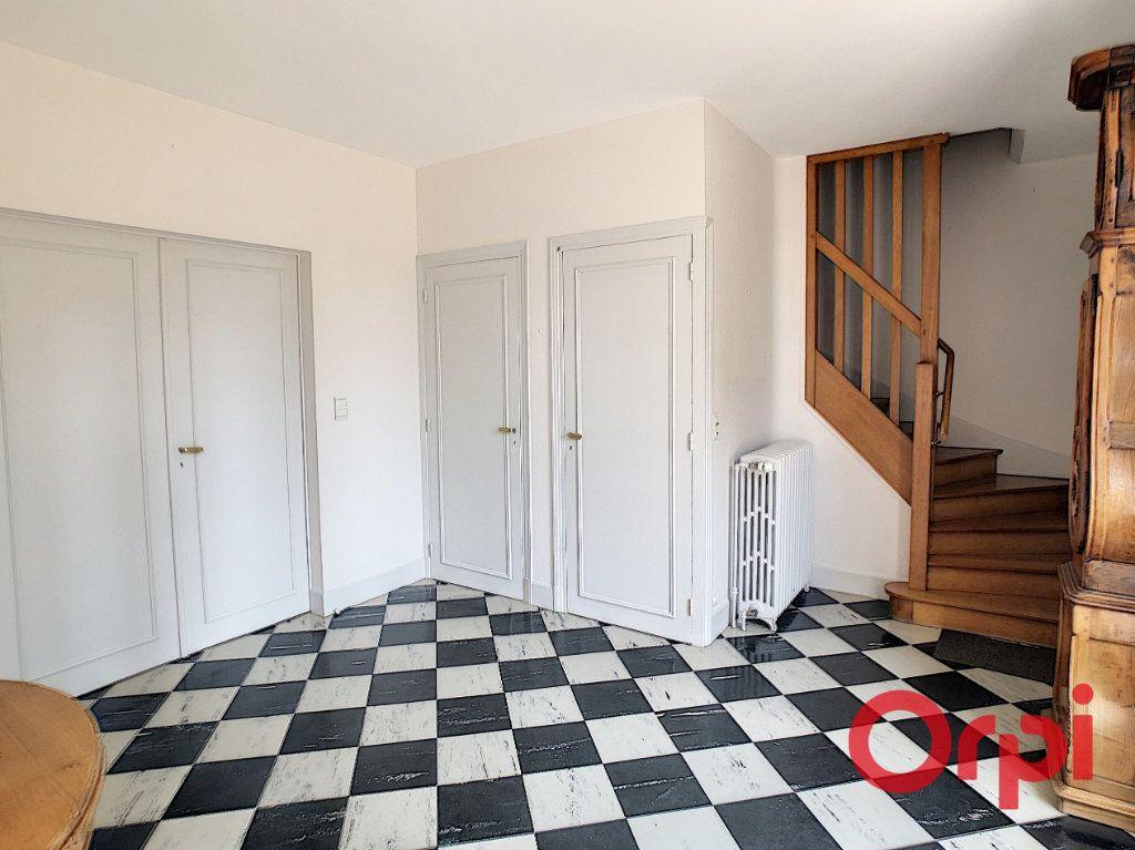 Maison à vendre 8 202m2 à Néris-les-Bains vignette-5