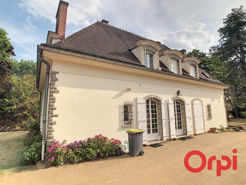 Maison à vendre 8 202m2 à Néris-les-Bains vignette-9