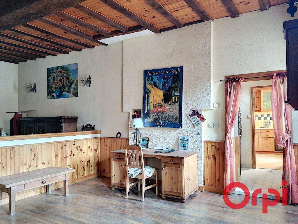 Maison à vendre 6 150m2 à Huriel vignette-4