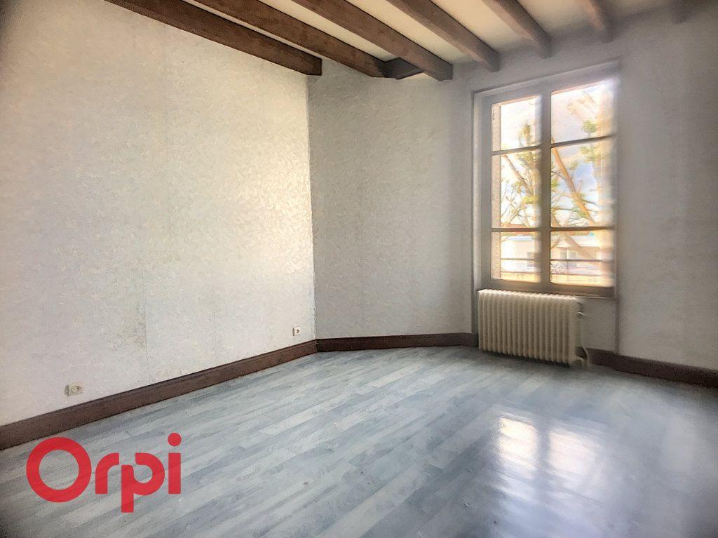 Immeuble à vendre 0 149m2 à Montluçon vignette-8