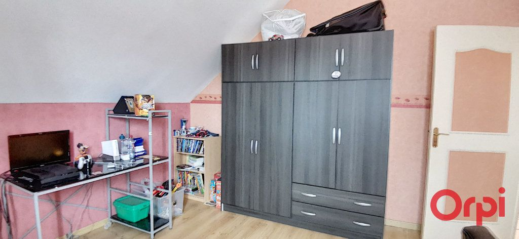 Maison à vendre 6 167.61m2 à Montmarault vignette-14