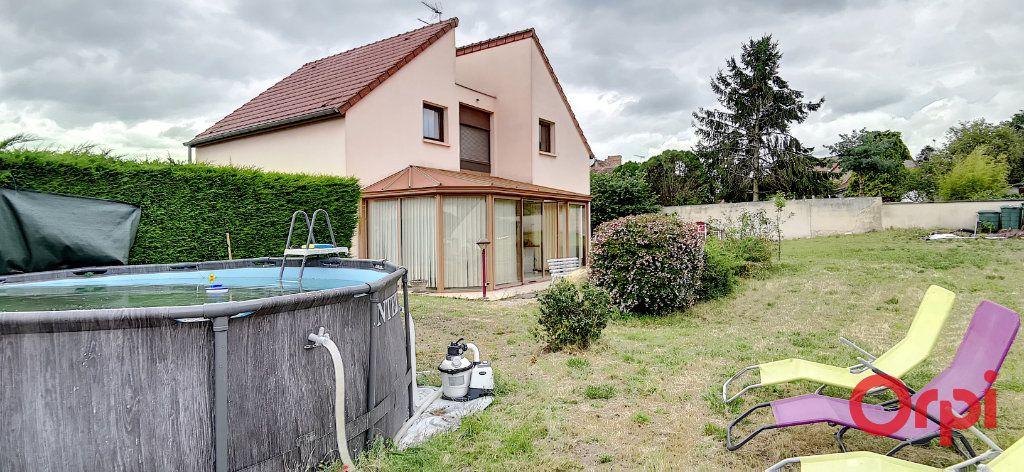 Maison à vendre 6 167.61m2 à Montmarault vignette-15
