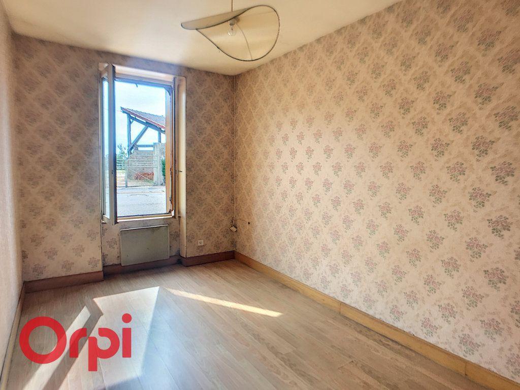 Maison à vendre 6 110m2 à Saint-Angel vignette-2