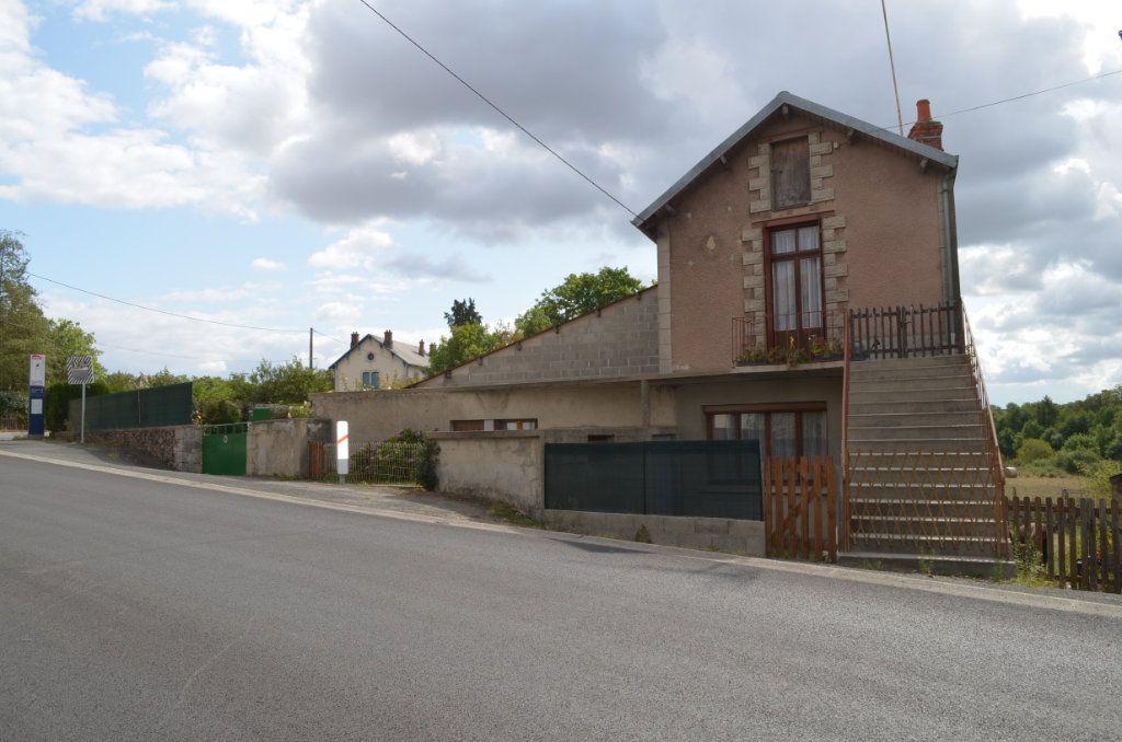 Maison à vendre 5 105m2 à Boussac vignette-1