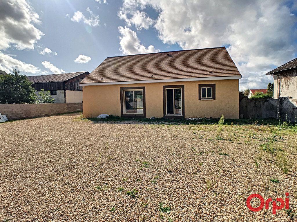 Maison à vendre 5 97.1m2 à Montluçon vignette-1