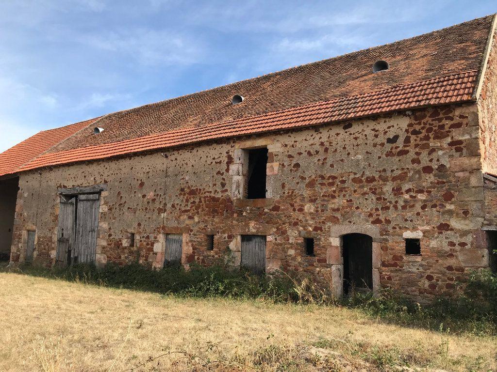 Maison à vendre 3 80m2 à Vallon-en-Sully vignette-3