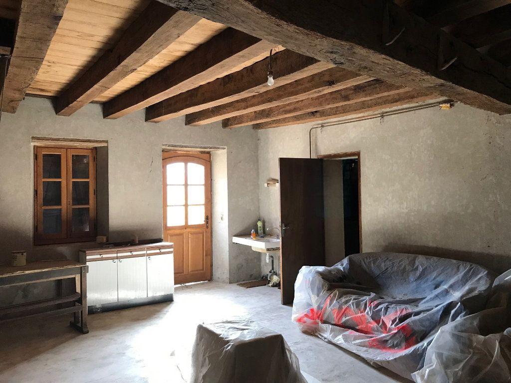 Maison à vendre 3 80m2 à Vallon-en-Sully vignette-5