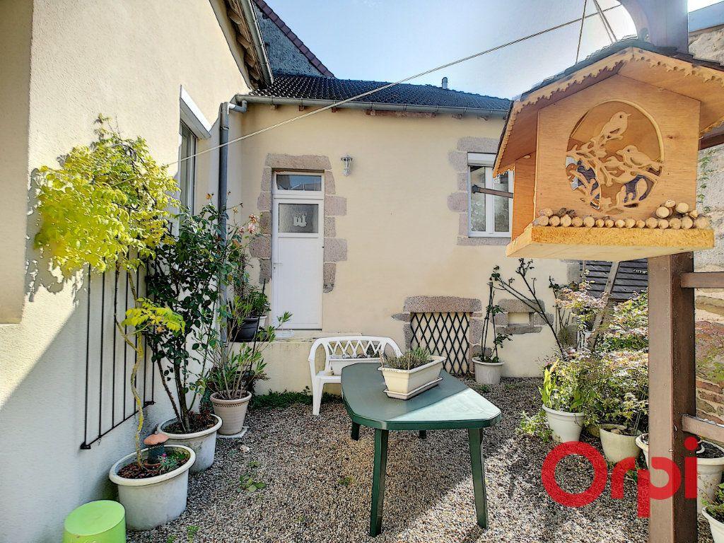 Maison à vendre 5 70m2 à Treignat vignette-1