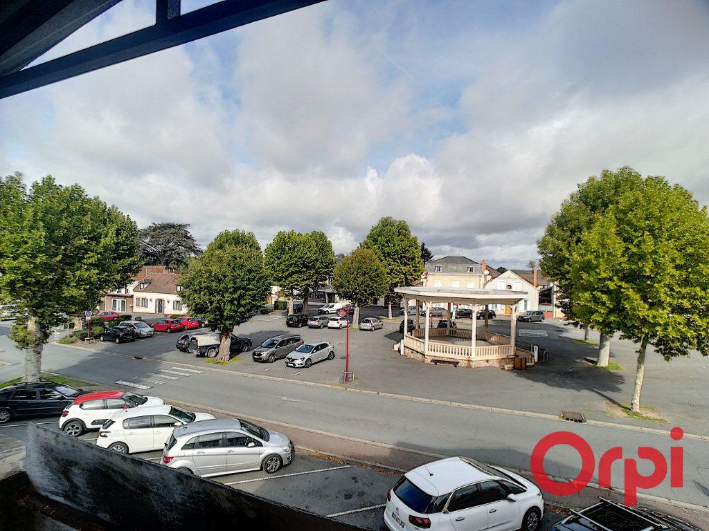 Immeuble à vendre 0 450m2 à Cosne-d'Allier vignette-4