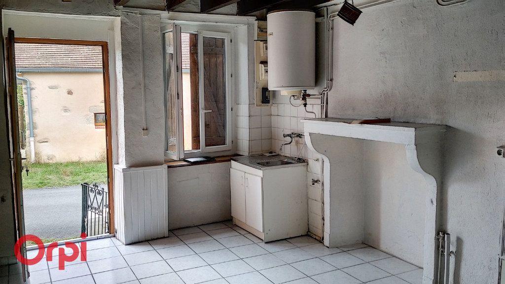 Maison à vendre 3 55m2 à Louroux-de-Bouble vignette-2