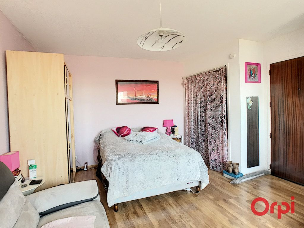 Appartement à vendre 1 23.5m2 à Montluçon vignette-4