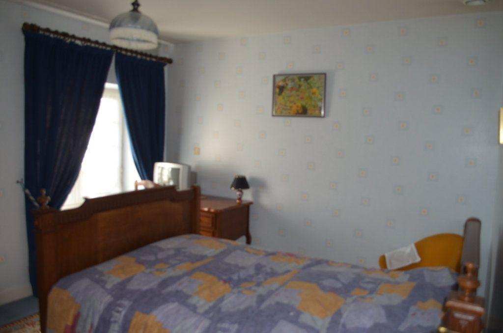 Maison à vendre 7 228m2 à Gouzon vignette-7