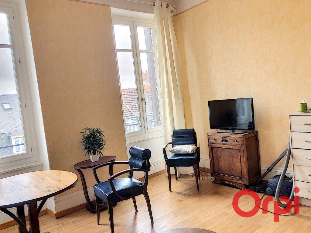 Appartement à vendre 2 45.18m2 à Montluçon vignette-2