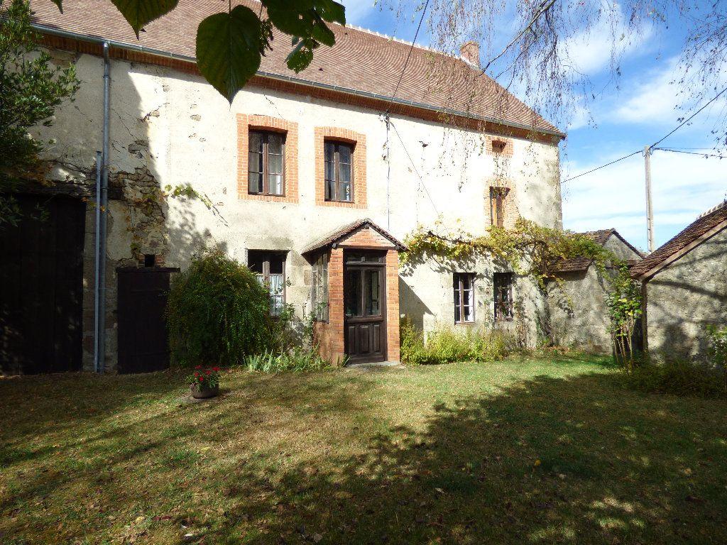 Maison à vendre 8 190m2 à Saint-Julien-le-Châtel vignette-3