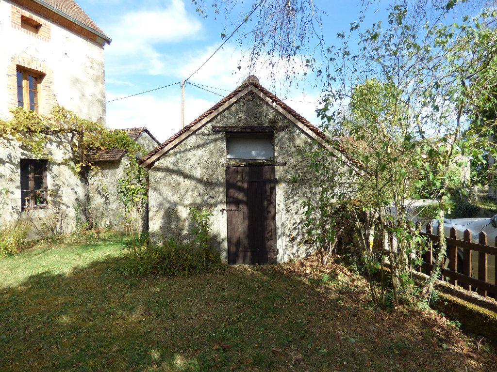 Maison à vendre 8 190m2 à Saint-Julien-le-Châtel vignette-11