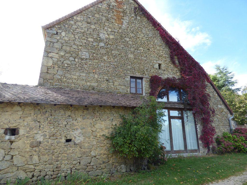 Maison à vendre 8 190m2 à Saint-Julien-le-Châtel vignette-13