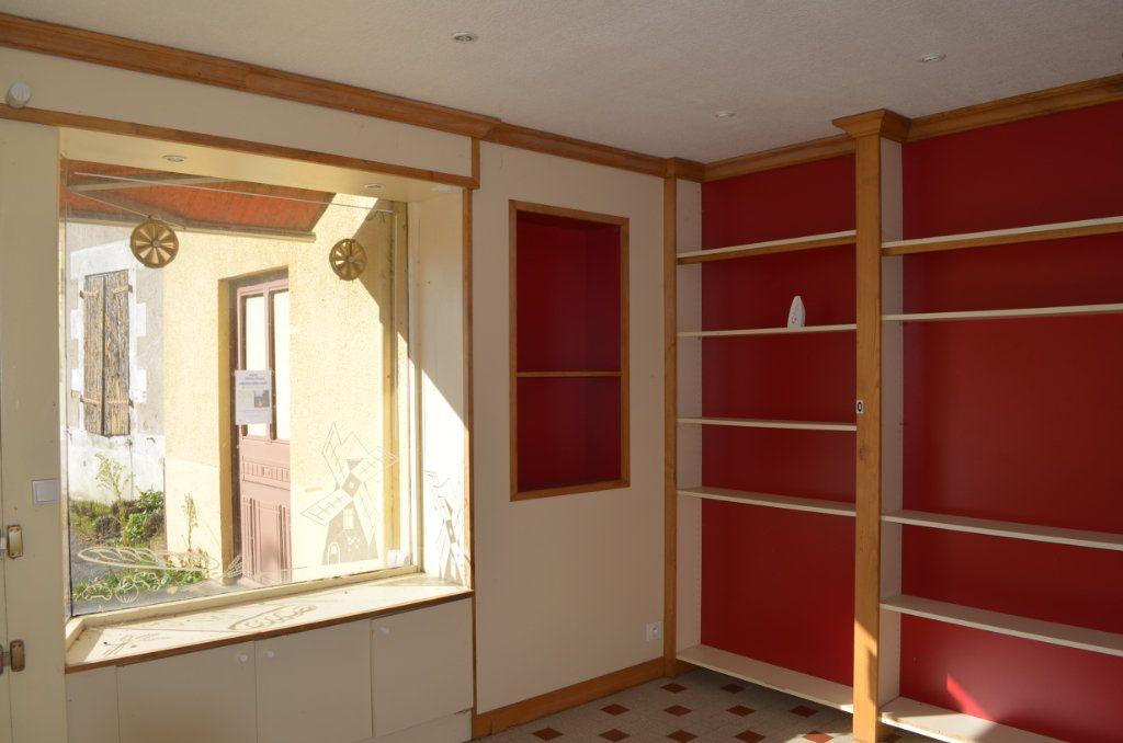 Maison à vendre 13 327m2 à Clugnat vignette-2