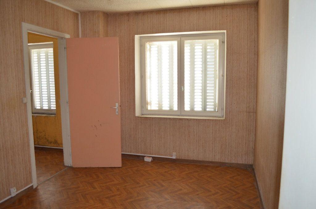 Maison à vendre 13 327m2 à Clugnat vignette-4
