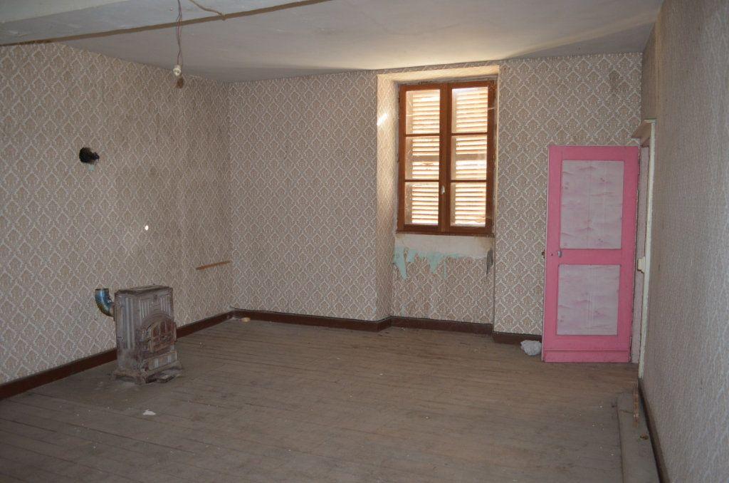 Maison à vendre 13 327m2 à Clugnat vignette-7