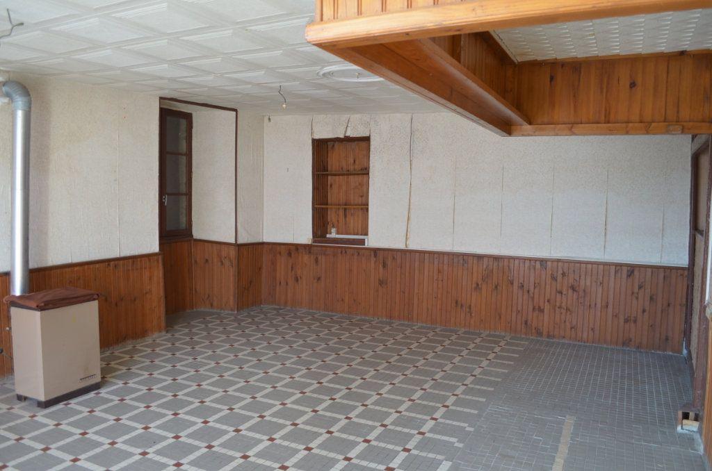 Maison à vendre 13 327m2 à Clugnat vignette-8