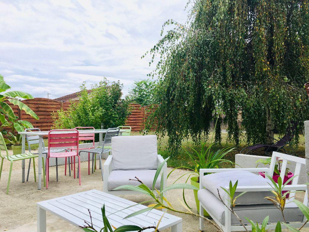 Maison à vendre 6 120m2 à Montluçon vignette-2