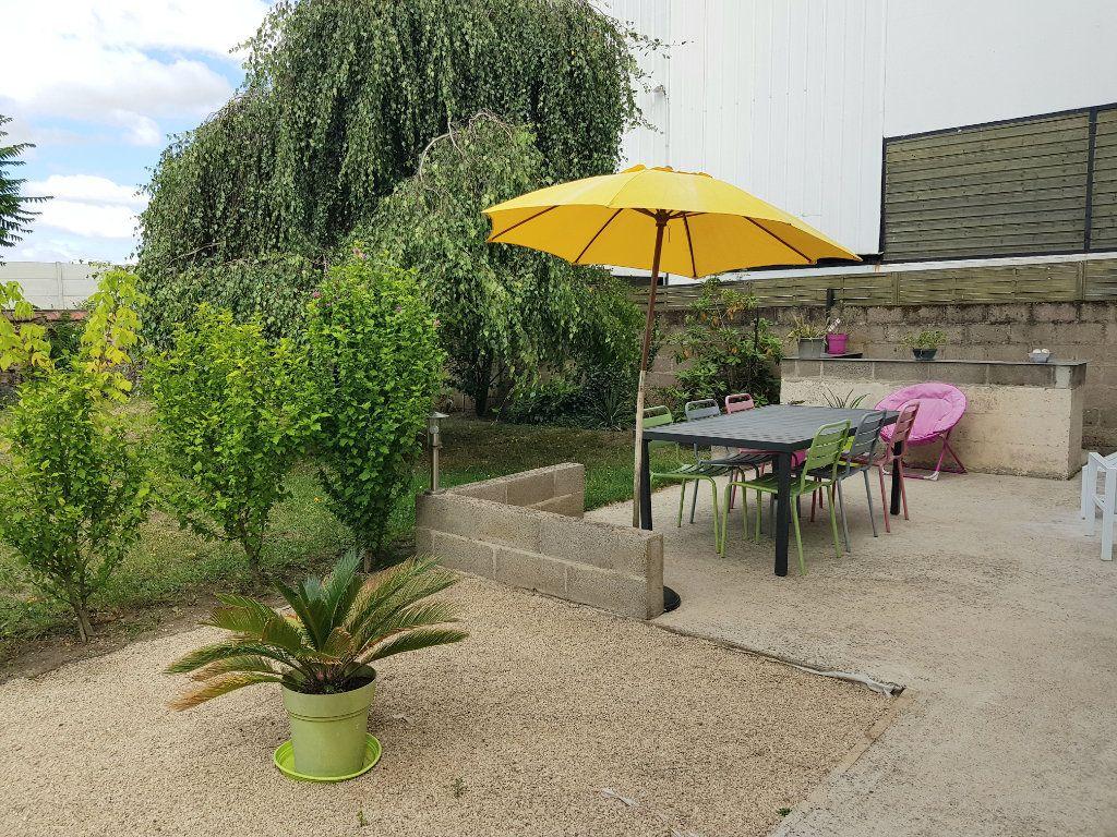 Maison à vendre 6 120m2 à Montluçon vignette-3