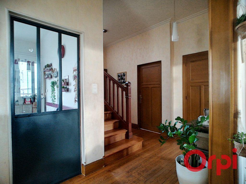 Maison à vendre 6 120m2 à Montluçon vignette-4