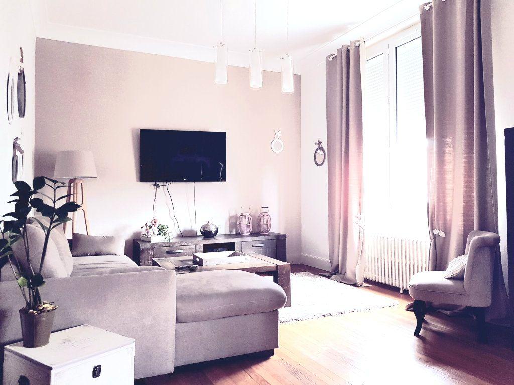 Maison à vendre 6 120m2 à Montluçon vignette-7