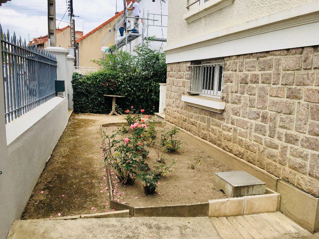 Maison à vendre 6 120m2 à Montluçon vignette-13