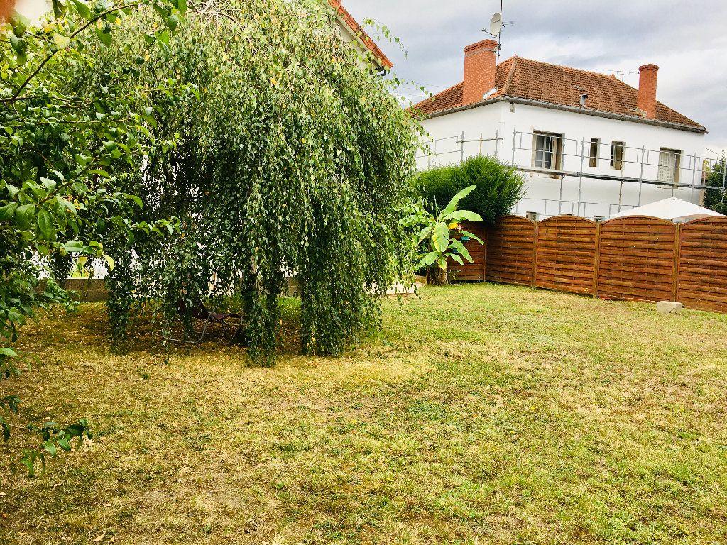 Maison à vendre 6 120m2 à Montluçon vignette-14
