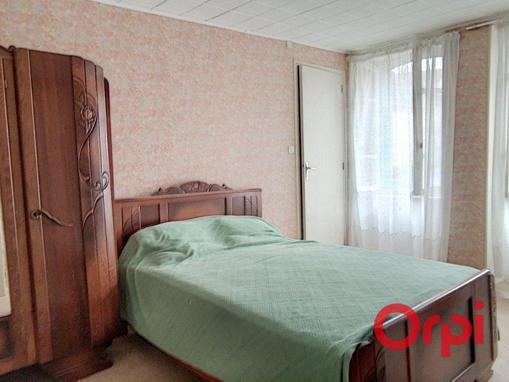 Maison à vendre 5 103m2 à Montluçon vignette-2