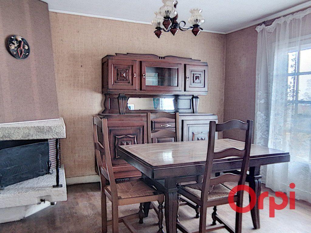 Maison à vendre 5 103m2 à Montluçon vignette-4