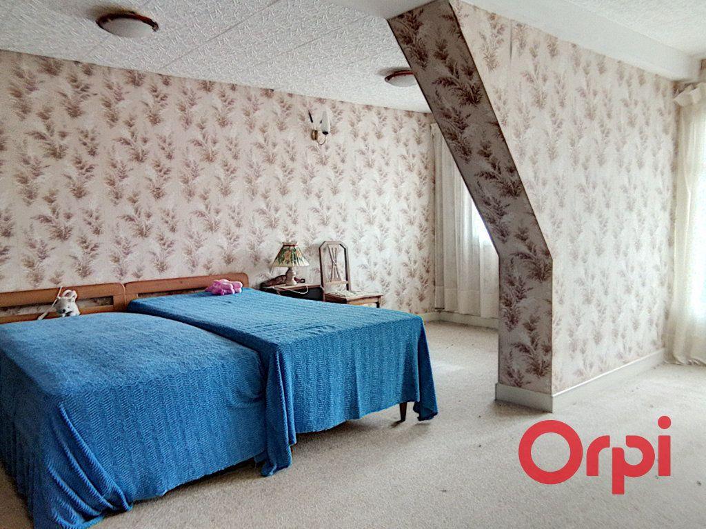Maison à vendre 5 103m2 à Montluçon vignette-6