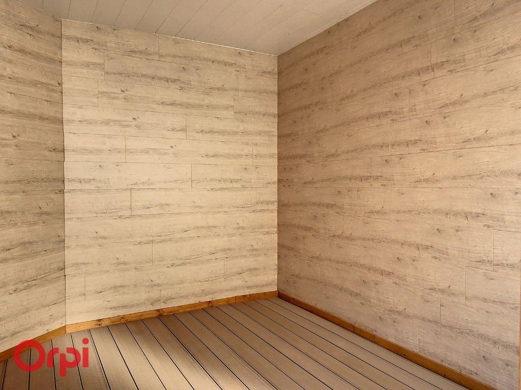 Immeuble à vendre 0 100m2 à Montmarault vignette-16