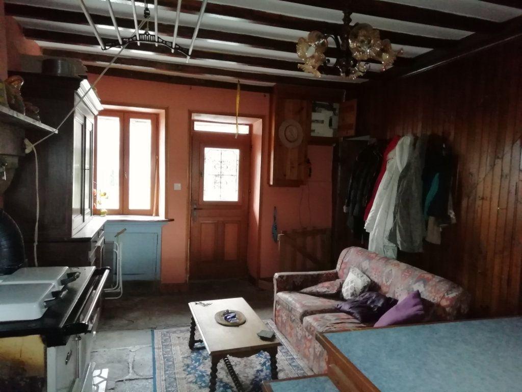 Maison à vendre 8 220m2 à Bonnat vignette-4