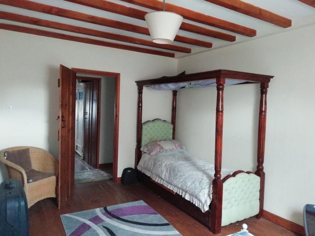 Maison à vendre 8 220m2 à Bonnat vignette-9