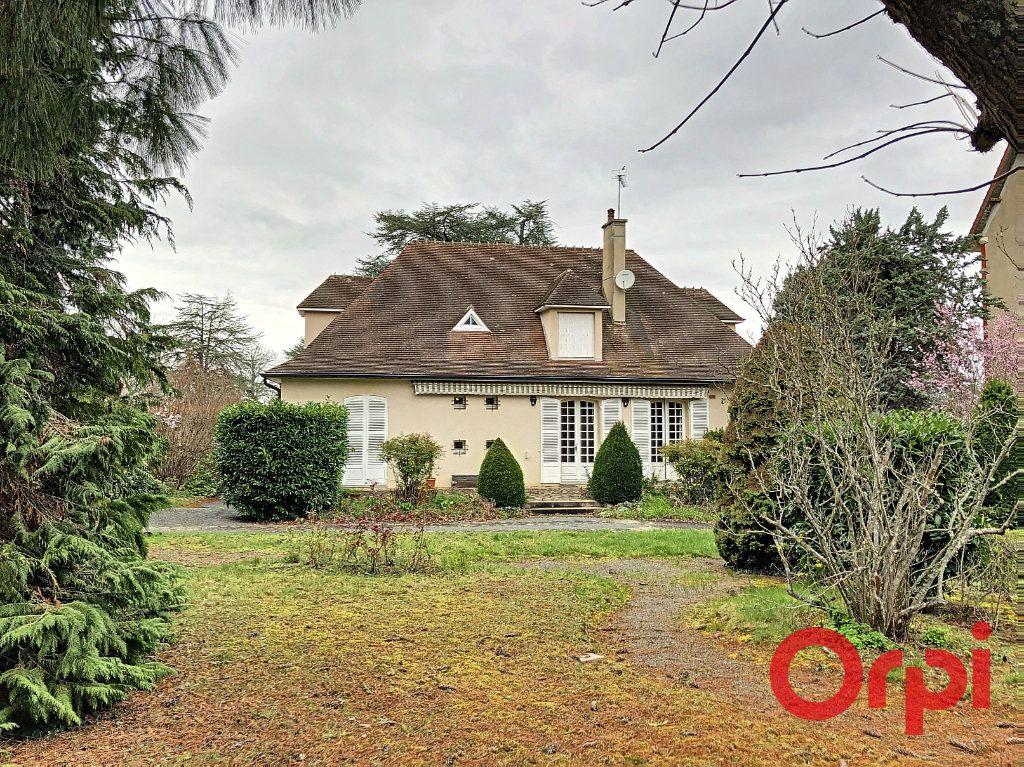 Maison à vendre 7 208m2 à Néris-les-Bains vignette-4