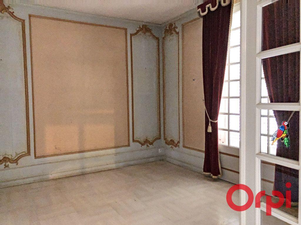 Maison à vendre 7 208m2 à Néris-les-Bains vignette-5