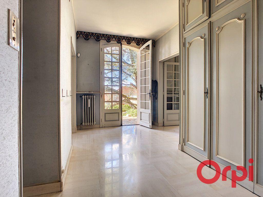 Maison à vendre 7 208m2 à Néris-les-Bains vignette-9