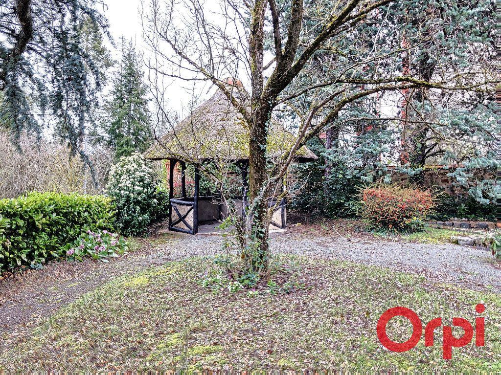 Maison à vendre 7 208m2 à Néris-les-Bains vignette-11