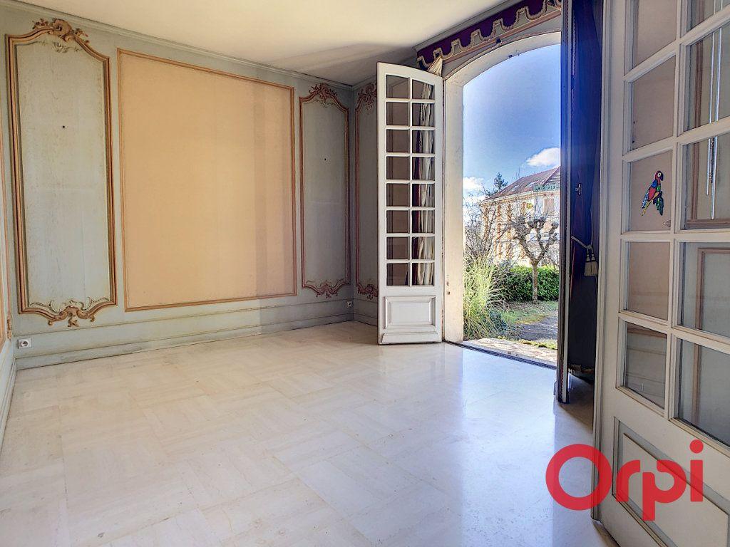 Maison à vendre 7 208m2 à Néris-les-Bains vignette-12