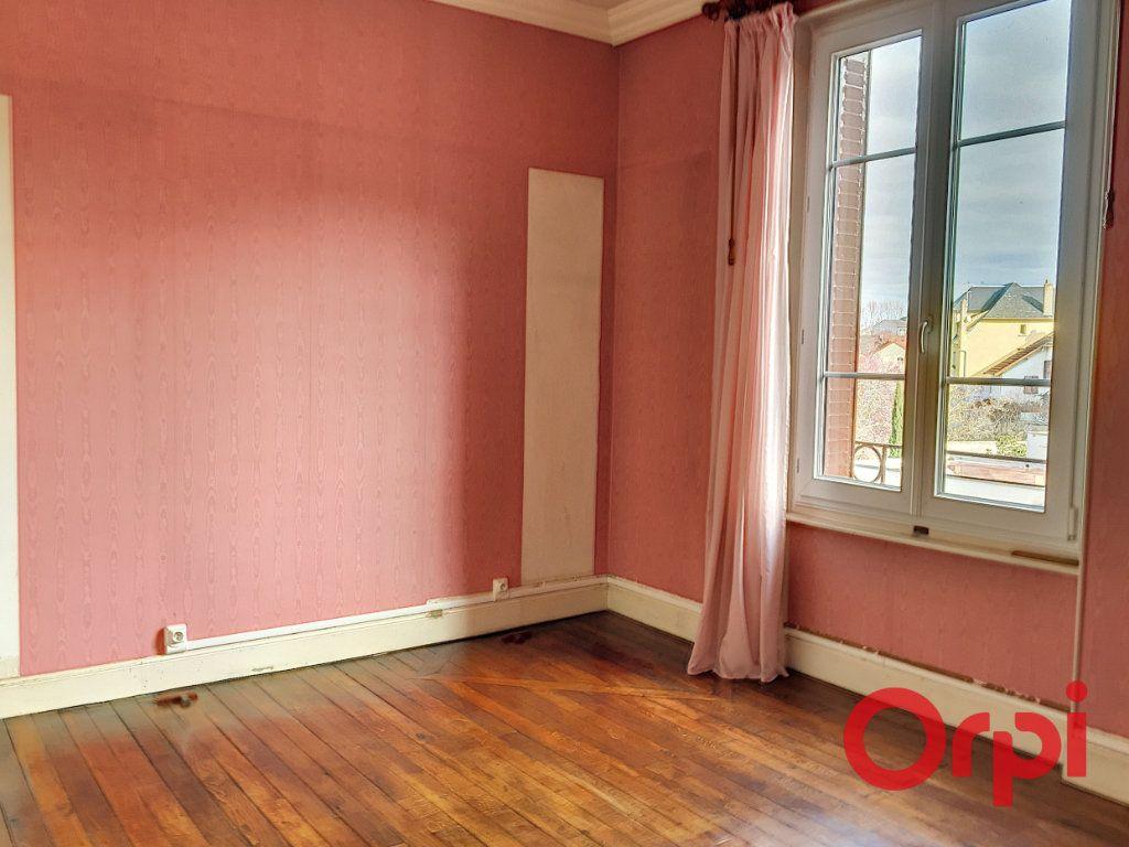 Maison à vendre 11 176m2 à Montluçon vignette-4