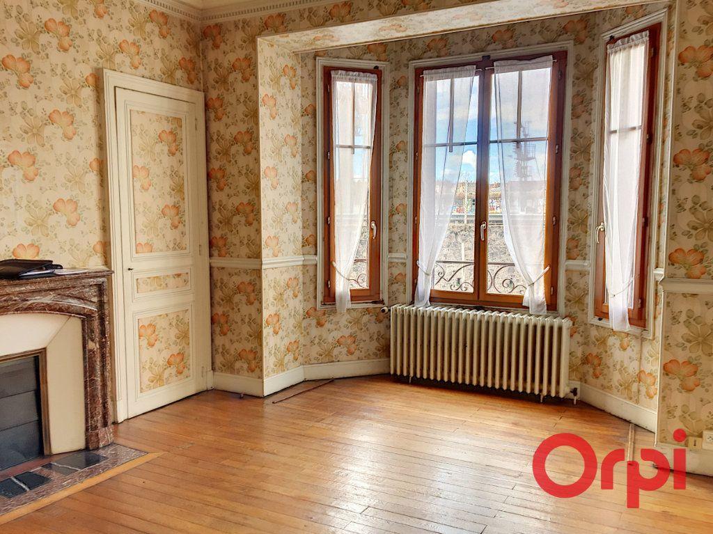 Maison à vendre 11 176m2 à Montluçon vignette-7