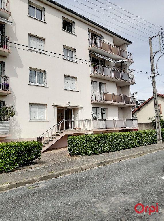 Appartement à vendre 2 42m2 à Montluçon vignette-1