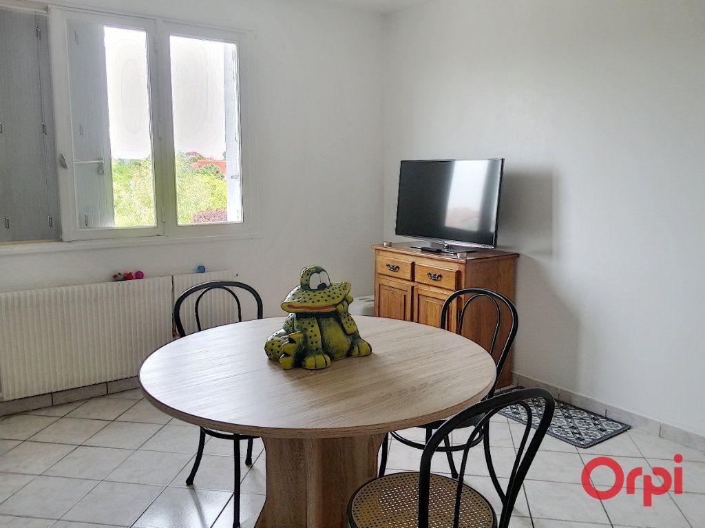 Appartement à vendre 2 42m2 à Montluçon vignette-6