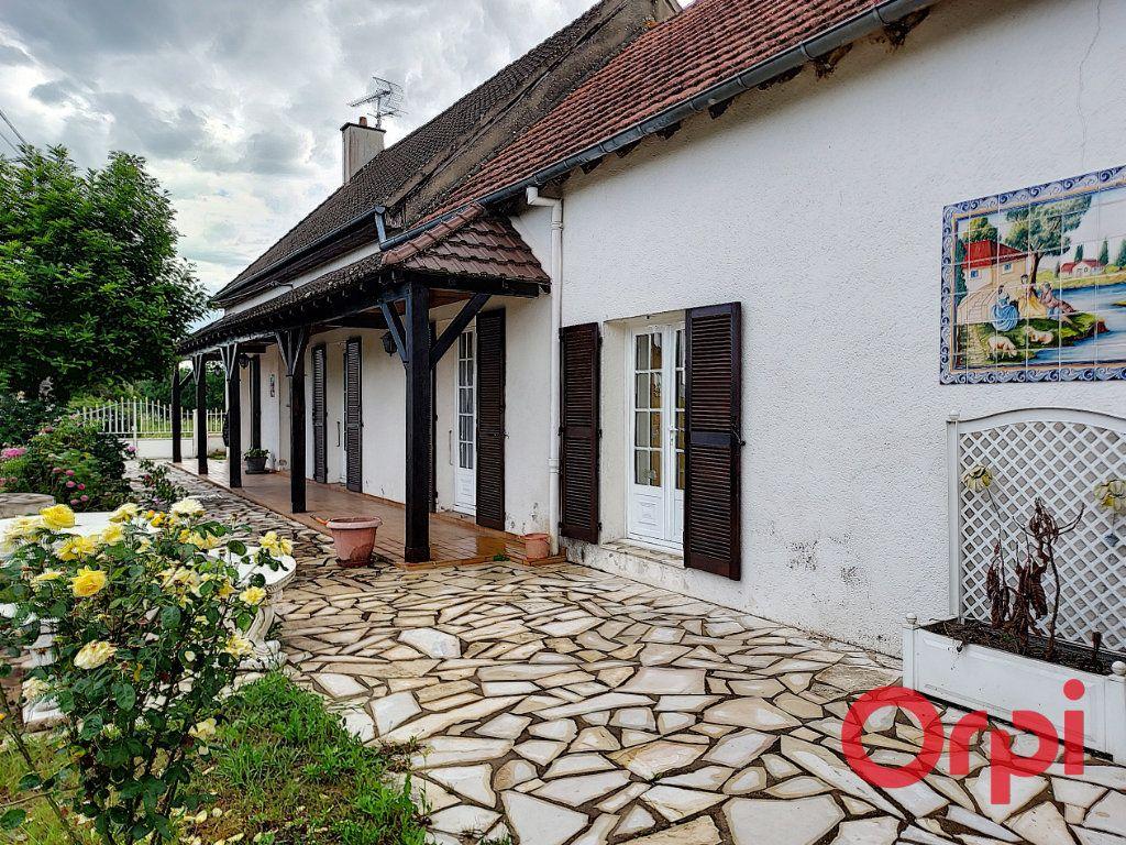 Maison à vendre 7 200m2 à Reugny vignette-1