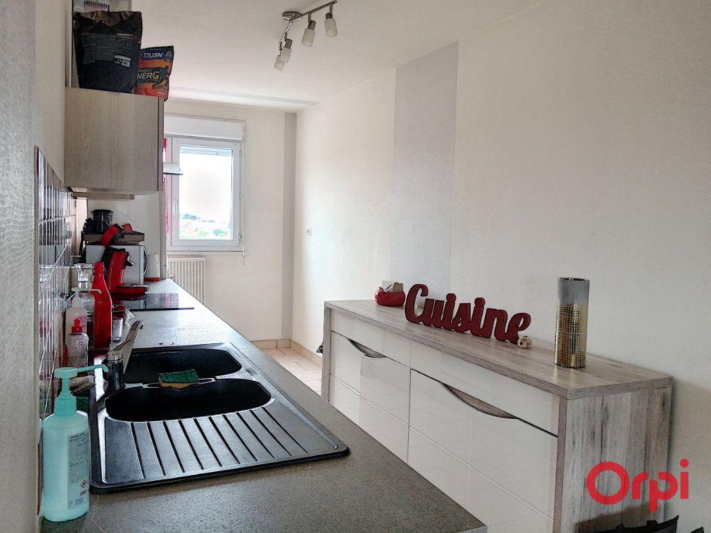 Appartement à vendre 3 65m2 à Montluçon vignette-12