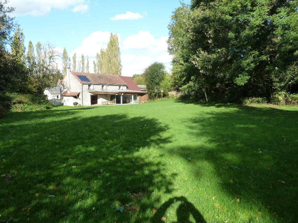 Maison à vendre 6 170m2 à Saint-Silvain-Bas-le-Roc vignette-12